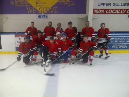 hockey team posing for picture